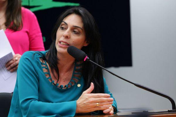 Deputada Geovânia é nomeada vice-presidente da Frente Parlamentar Mista em Defesa da Cadeia Produtiva da Reciclagem