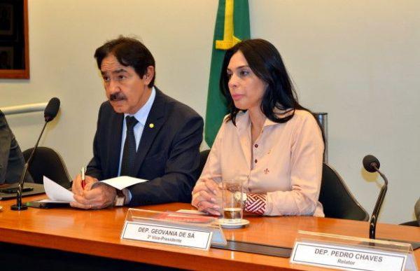 Geovania de Sá é eleita vice-presidente de Comissão Especial na Câmara