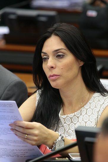 Brasileiros de baixa renda falecidos no exterior poderão ter traslado pago pelo Governo